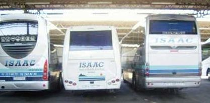 Autocares Isaac buses parqueados